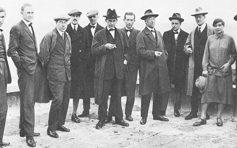 Donne del design:: foto dei docenti del Bauhaus tra cui Gropius e Kandiskji