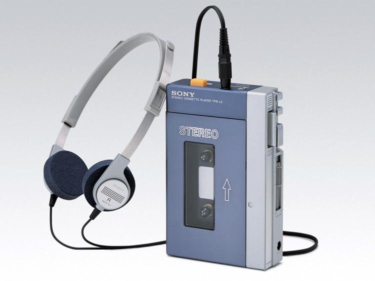 """Il Walkamn Sony: lanciato il 1° luglio 1979 e """"morto"""" nel 2010"""